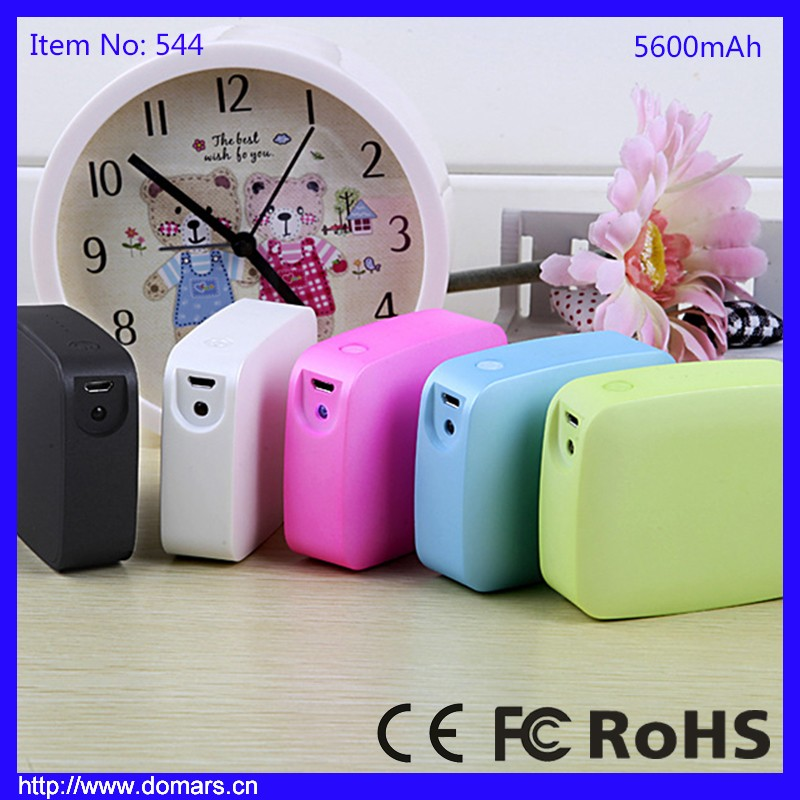 Best Selling Low Price High Capacity 5600mAh Portable Easy Carrying Power Bank with Torch