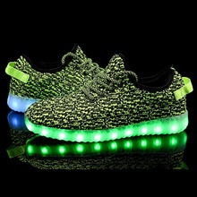 2016 Spring Hot-Sale New Design Yezi Led Shoes with 7 led color for men