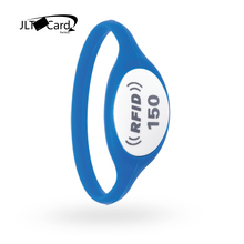Wholesale Customized Printable reusable Waterproof Programmable 13.56MHz silicone rfid wristband
