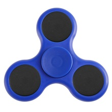 Hot sales EN71 and CE certification spinner fidget and new design Anti Stress Tri Hand Fidget Spinner alloy