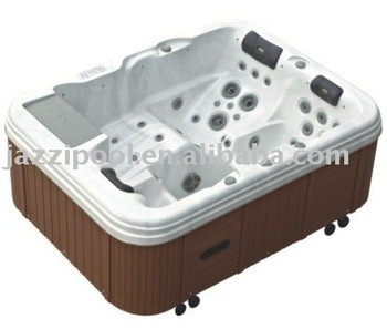 JAZZI FAMILY BATHTUB FOR 3 PERSONS