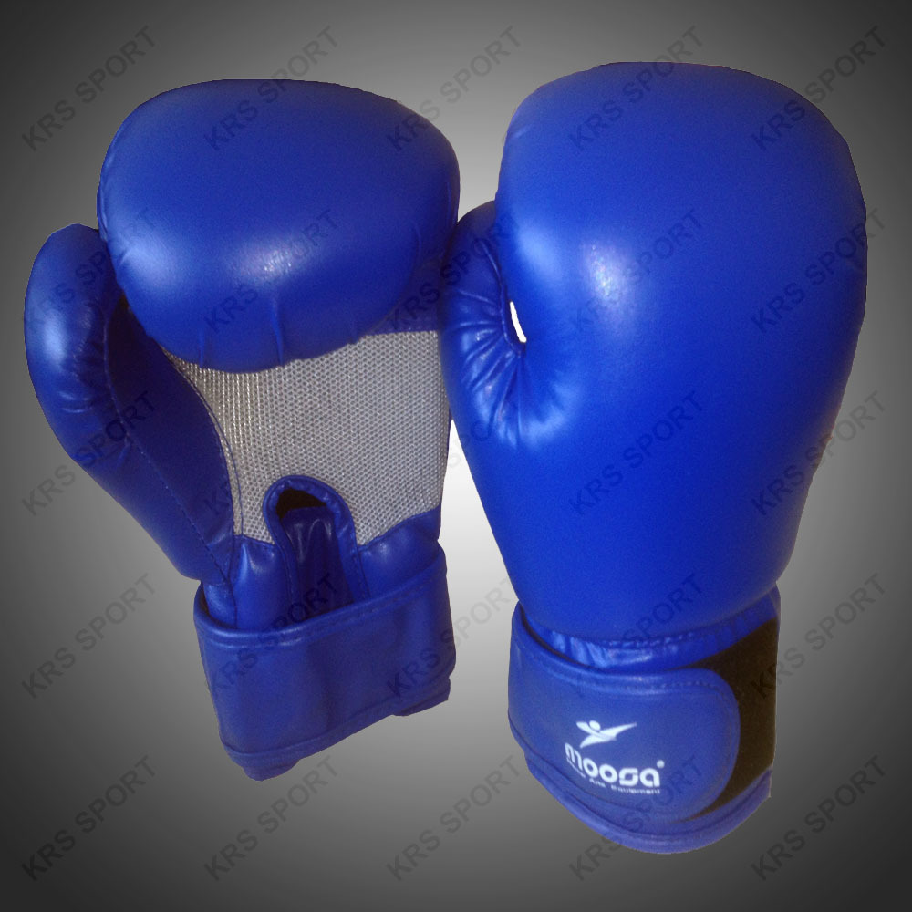 Artificial PU leather boxing gloves in China