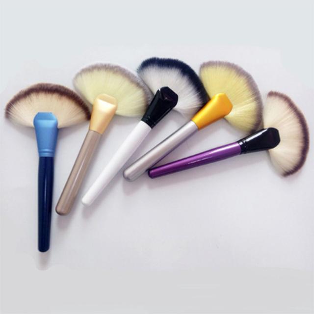 Professional Fan Shape Aluminum Handle Flawless Facial Makeup Brushes