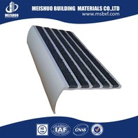 High strength aluminum profile stair tread kits with carborundum strips