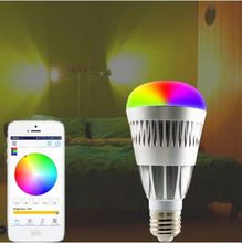Bluetooth Bulb lets you control your lights with your phone