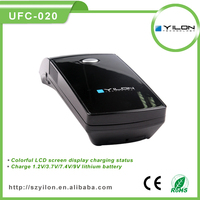 High quality lcd screen 3g universal battery charger with 5v usb output