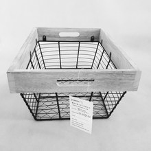 2018 good design household kitchen cheap Iron wire multifunctional storage basket with wooden side