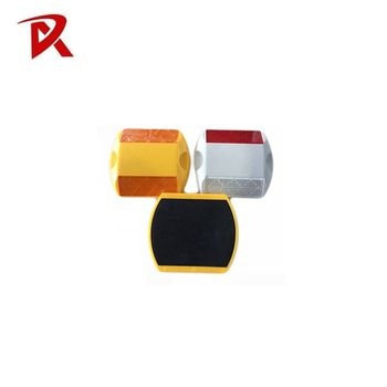 low price 3M material retro-reflective road studs/road marker