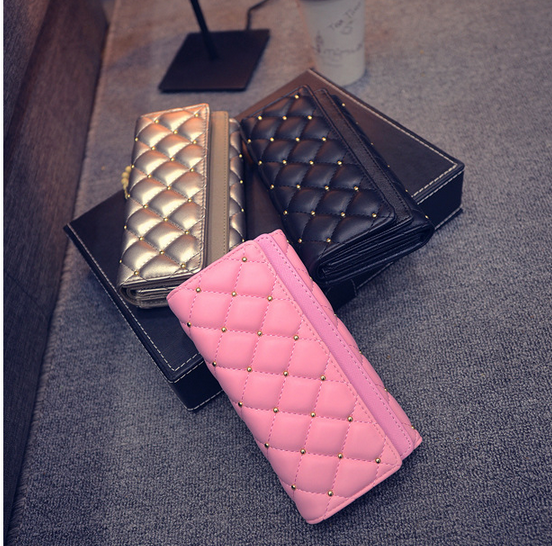 2017 New Spring Design European American Fashion Brand Lingge Pink Leather Wallet Female Rivet Girls Purses