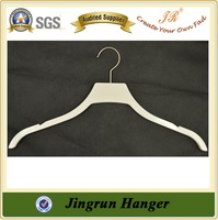 Quality Supplier Shirt Hanger Plastic Hanger Clothes For Man