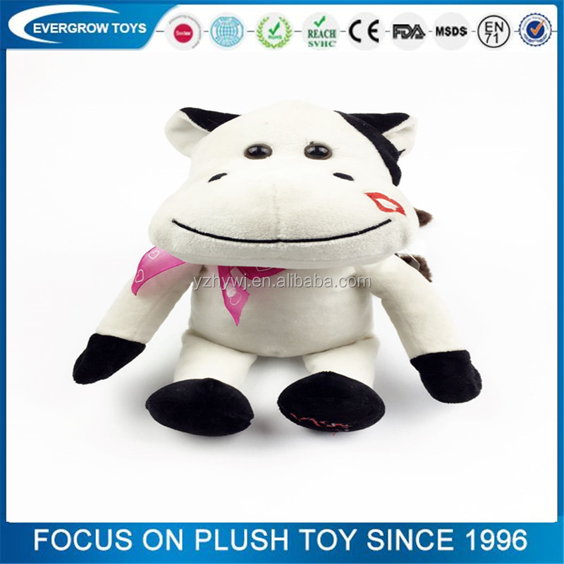 2016 hot plush white sitting kissing lip funny cow toy