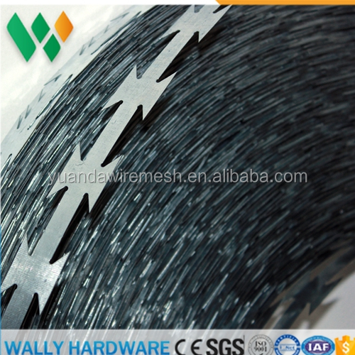 China Hebei Factory low cheap price BTO22 CBT65 Hot dipped galvanized Razor barbed wire / Concertina cross barbed wire