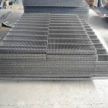 Low cost square ftrellis welded wire mesh security panels