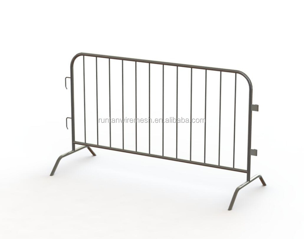 Alibaba certificated crowd barrier with steel bridge feet