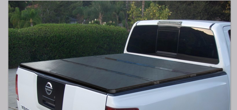 Hard tri fold tonneau cover truck bed locking pickup truck covers for 2012 toyota hilux vigo single cab