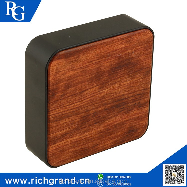 Factory direct sales bamboo wood cheap power bank
