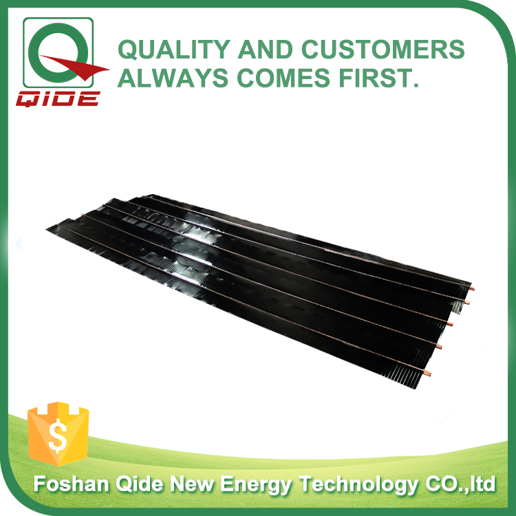 flat plate solar collector with blue sputtering selective coating