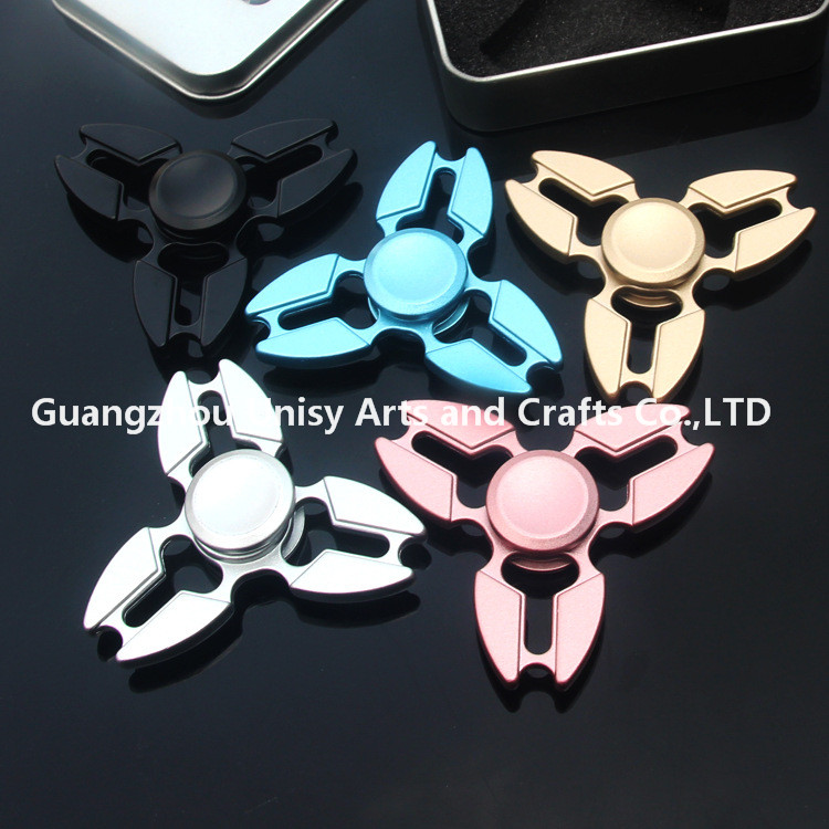 Manufacturer Metal fingertip gyro, American Hand Spinner crab triangle gyroscope, adult decompression toy