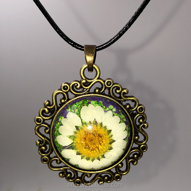 Round alloy lace vintage amber flower necklace