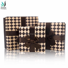 Luxury and Fashion Style Full Color Cardboard Packaging Ribbon Gift Paper Box