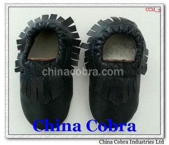 2013 best selling leather baby mocassin shoes