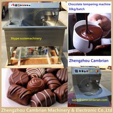 Siemens sensor temperature adjustable 15kg chocolate continuous tempering machine price with frequency motor