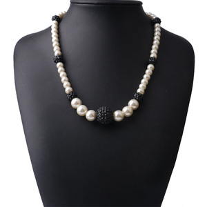 OEM Customize Big Chunky Pearl Diamond Ball Necklace