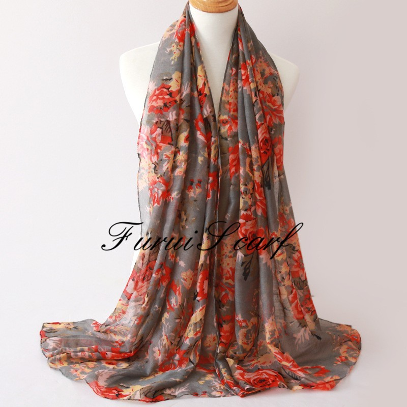 Wholesale yiwu viscose printing shawl scarf ladies fashion muslim women hijab scarves