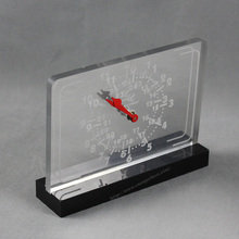 China supplier customized new design acrylic digital table clock