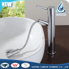 China manufacture Pull out faucet Brass chrome wash flexible hose basin faucet
