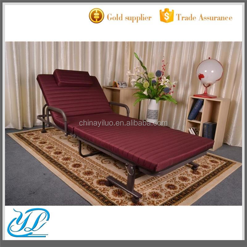 YL806-70 Wholesale Simple Steel Mental Frame with Foam Mattress for Patients Rollaway Folding Bed