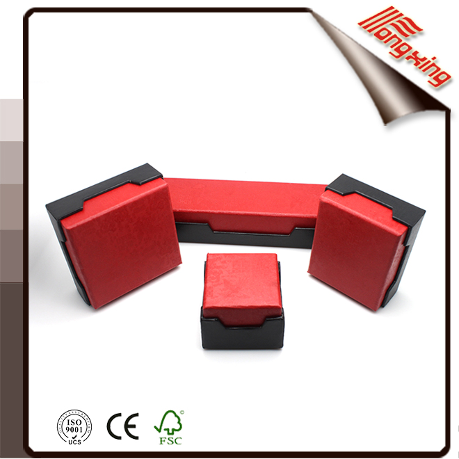 Cheap high quality lid and base paper jewelry packaging box with foam insert
