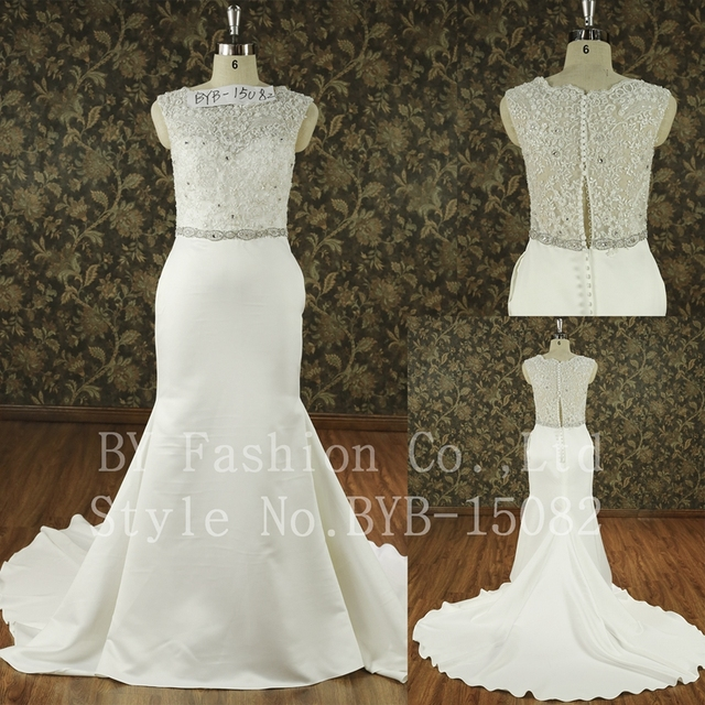 2016 High quality ivory beautiful lace luxurious beading see through back big train wedding dress