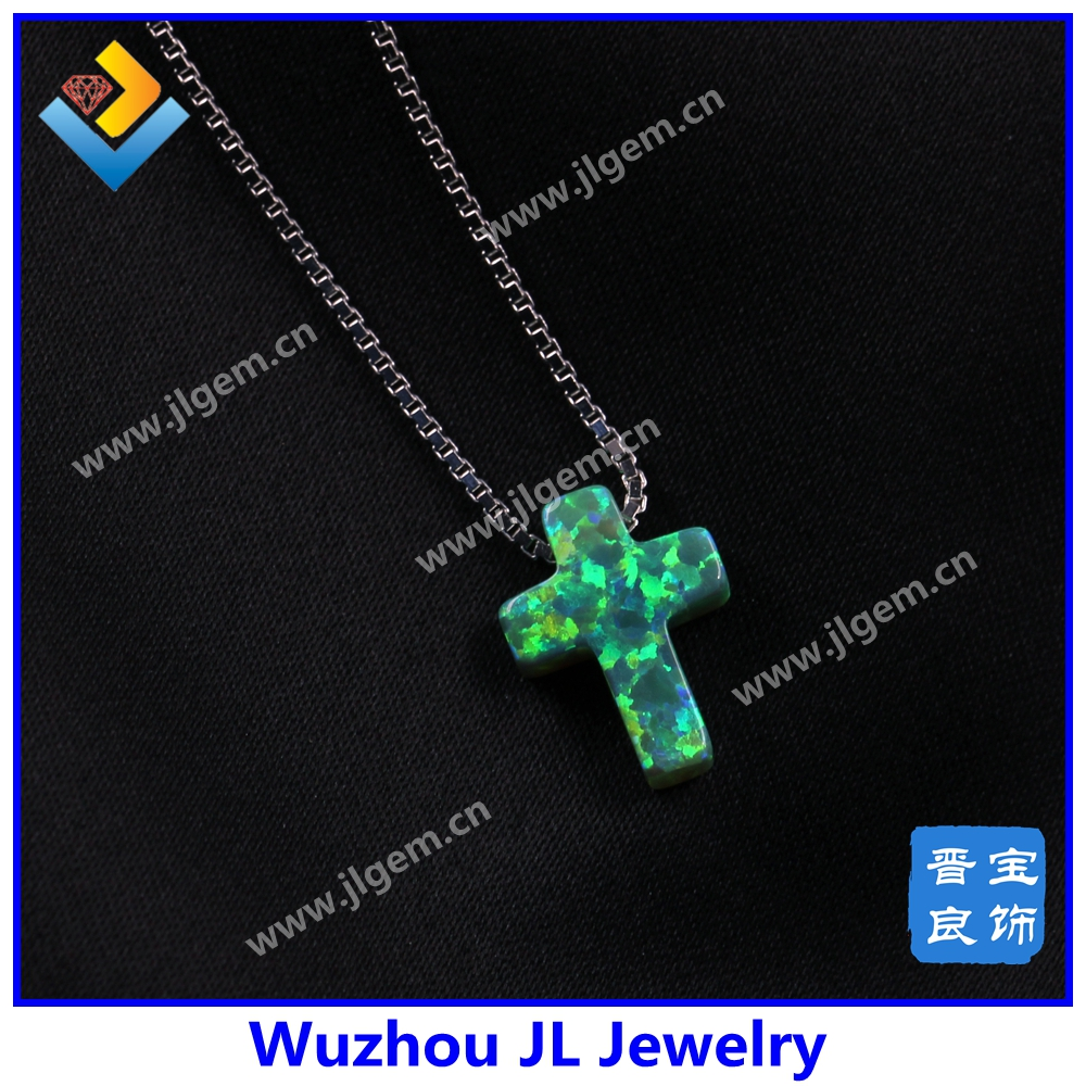2016 Fashion design green Cross Opal Necklace with silver chain