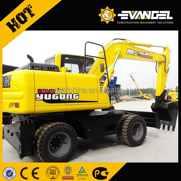 Small earth moving machine Digging Wheel Excavator WYL135 with hydraulic broken hammer for your choice