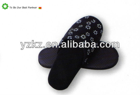 2013 fashion soft indoor slippers for women