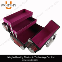 Aluminum Cosmetic Tool Trolley Case Jewellery Train Case