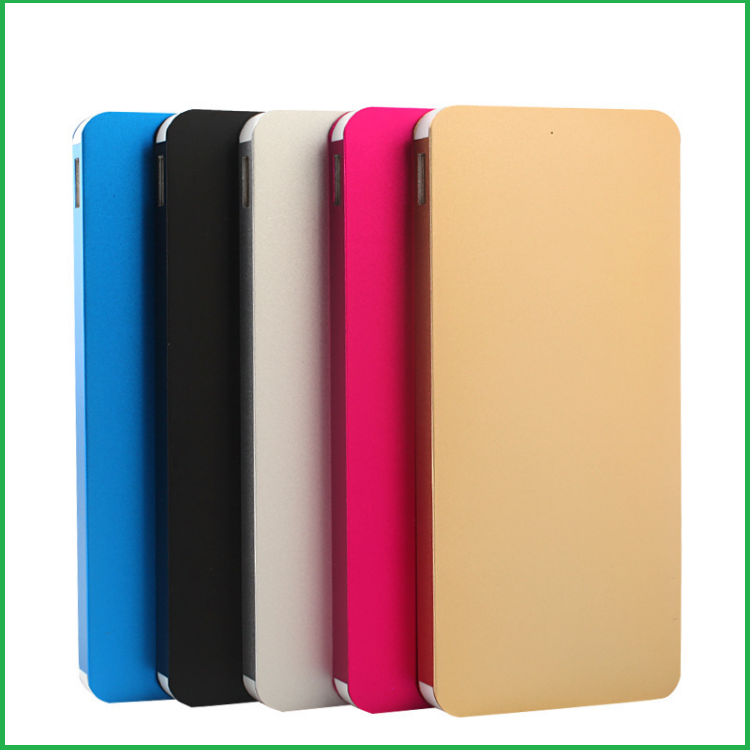 2017 New products The thinnest polymer battery metal power bank for mobile phone