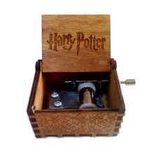 Engraved hand cranked wooden harry potter music box game of thrones music box