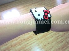 Novelty hello kitty style silicone slap wristband 2012 chirstmas gift