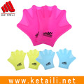 Wholesale cheap price Waterproof Flexible practical Custom Silicone swimming finger webbed gloves