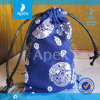 fashion ethic blue and white porcelain flannelette drawstring jewelry bag gift bag