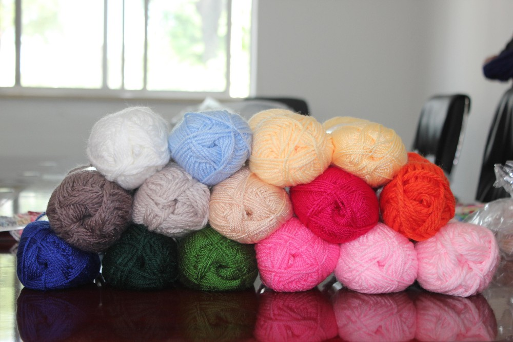 Multiple Color 100% Acrylic Spun Yarn