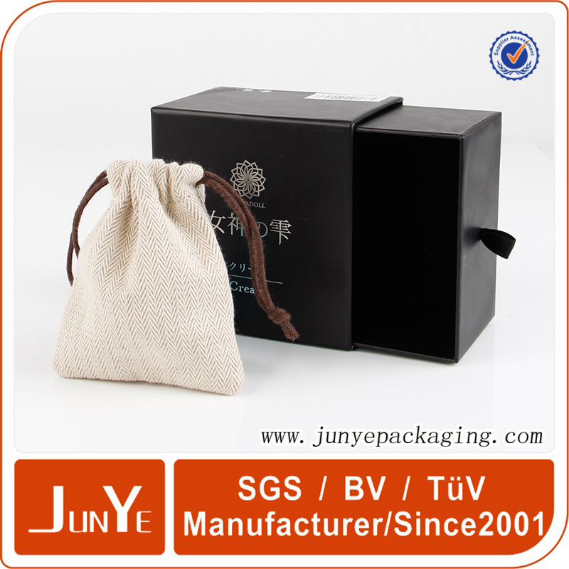 wholesale cardboard packaging velvet jewelry boxes with foam insert