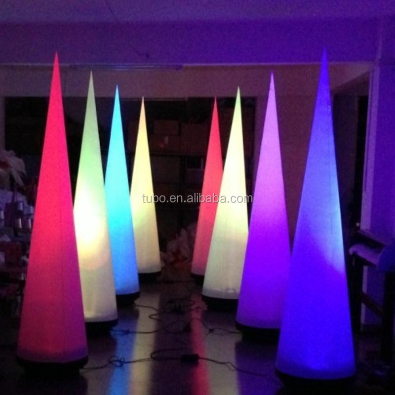 New-designed-christmas-inflatable-cone-with-led (3).jpg