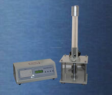 Flexible polymeric materials ball rebound coefficient/foam resilience tester