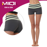 2016 Fashion design girls seamless yoga shorts fit for sports and dance