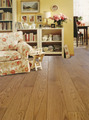 Virgin durable superior quality solid hardwood flooring with smooth surface