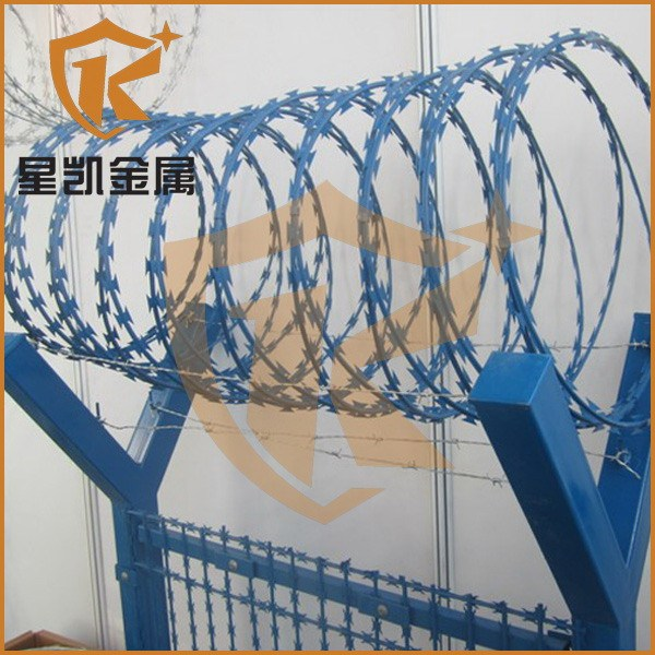 Prison use sharp high quality concertina razor barbed wire mesh fence