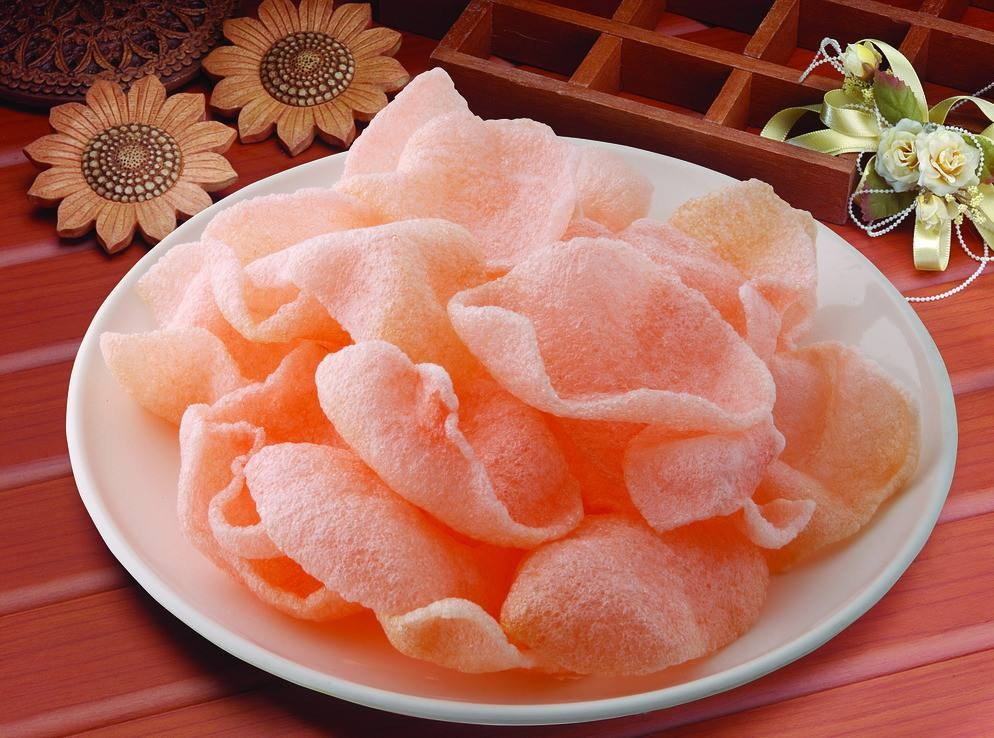 Deep fried dried starch uncooked prawn crackers